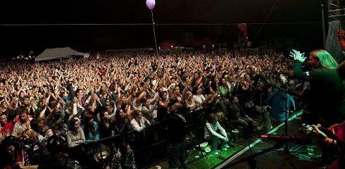 Festival Hrady CZ hlásí rekordní návštěvnost a po Kunětické hoře předává štafetu Rožmberku nad Vltavou